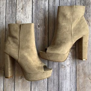 Just Fab Faux Suede Block Heeled Booties size 8